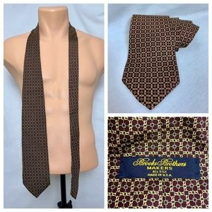 VTG Brooks Brothers Makers Chain Link Necktie Red